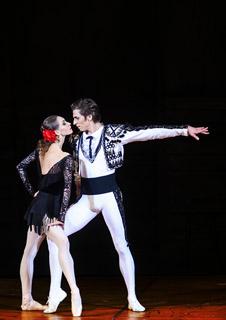 Bolshoi Ballet: Carmen Suite/ Petrushka